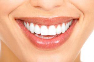 השוואת מחירי עיבוי שפתיים